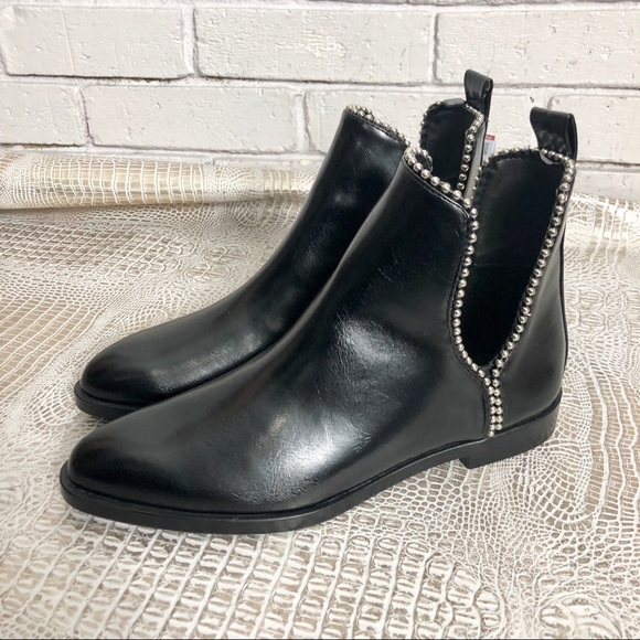 e8aad4c0015 Zara Women's Flat Ankle Boot With Openings NWT
